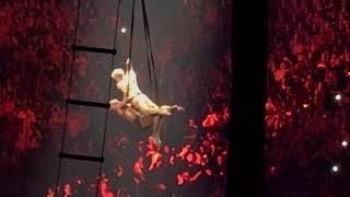 Pink Ariel ballet & Ariel dance w/ no net! 1st show of Beautiful Trauma World Tour! 3/1