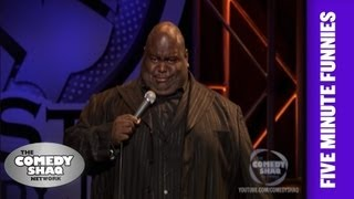Lavell CrawfordShaq is 90 feet tallShaqs Five Minute FunniesComedy Shaq
