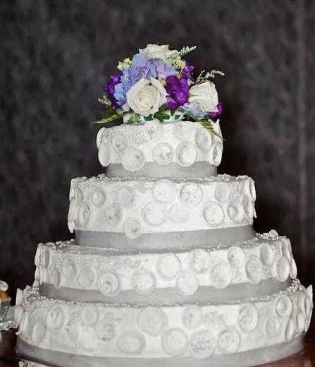 Cake Fails: 32 Cringe-Worthy Wedding Cake Fails