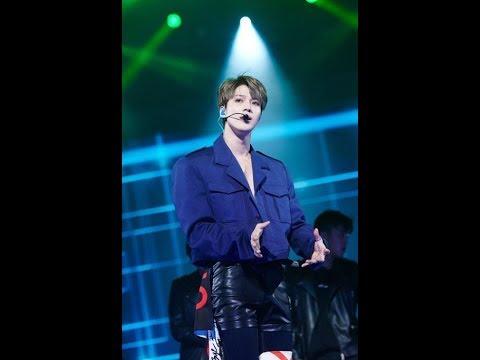 Taemin showcases talent as soloist at Seoul concert(News)