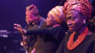 DEBORAH LUKALU-TU M'AIMES ENCORE/OVERFLOW LIVE(Official Video) thumbnail