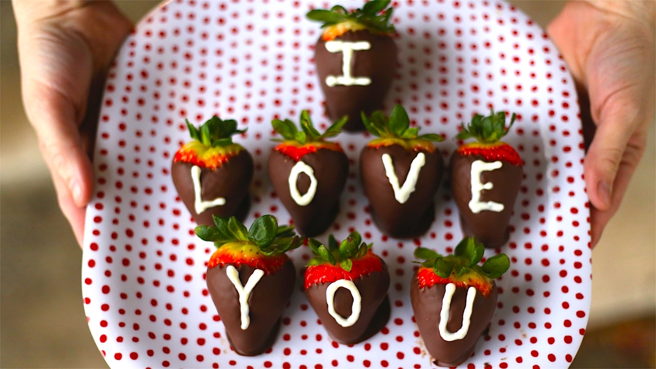 How To Make Chocolate Covered Strawberries Best Valentines Gift Ever Youtube
