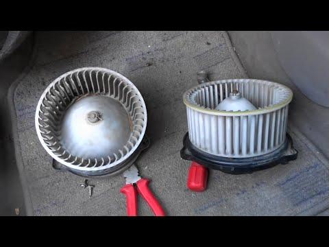 Замена вентилятора отопителя салона на Mazda Demio