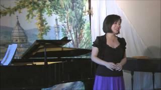 """Xing Xing Wang singt """"Im Salon zur blauen Pagode"""""""