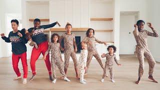 KIDS VS PARENTS CHRISTMAS DANCE BATTLE!