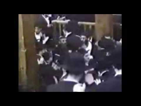 Avraham Fried- Simcha 1 - Hasidic - El Rebe.avi