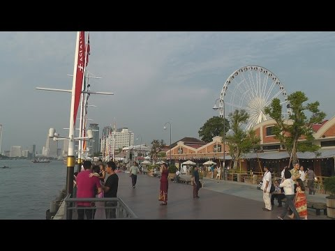 07 Relaxing visit to Asiatique. Chao Phraya River - Bangkok, Thailand