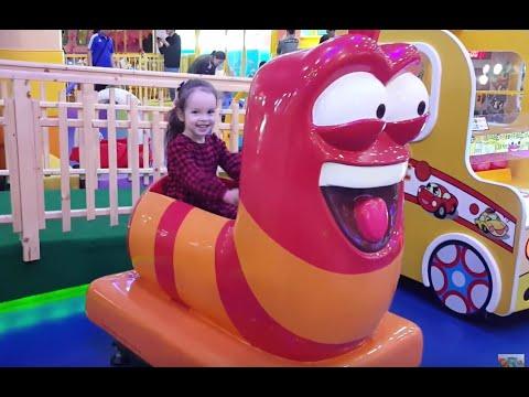 라바 빨간 자동차 놀이 라바 파크 Larva Red Ride Toys Game in Larva Kids Park