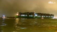 """Havarie-Experten befreien die """"CSCL Indian Ocean"""""""