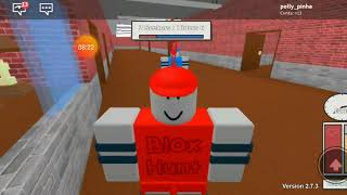 ROBLOX: We don't know how to hide:(
