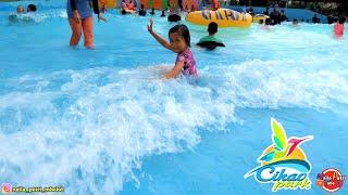 Download Berenang dan bermain air di CIKAO WATERPARK - Kolam ombak, mandi busa dan kolam renang pasir pantai