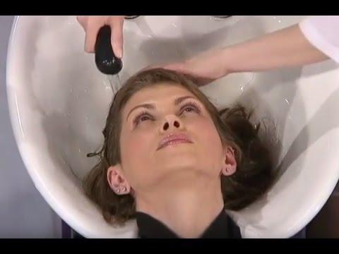 Как правильно мыть голову, чтобы избавиться от перхоти