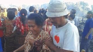 Gambar cover Kebakaran Kampung Adat Nggela