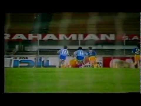 Cuando juega Uruguay - VIDEO OFICIAL - Jaime Ross