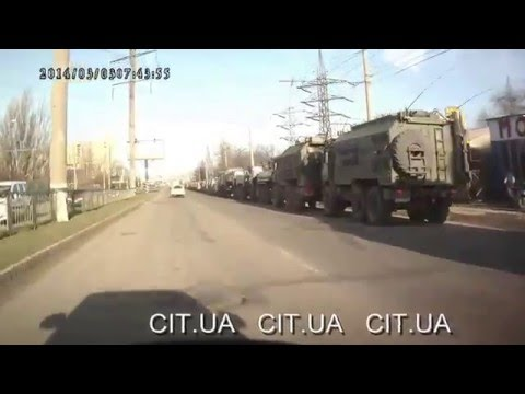 Ukraine war - Russian army convoy moves to the border of Crimea and Ukraine mainland