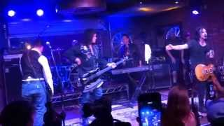 "GENE SIMMONS JOHNNY DEPP MATT STARR GILBY CLARKE FERLAZZO NUNO  ""DEUCE"" MUSIC ON A MISSION 8/16/2015"