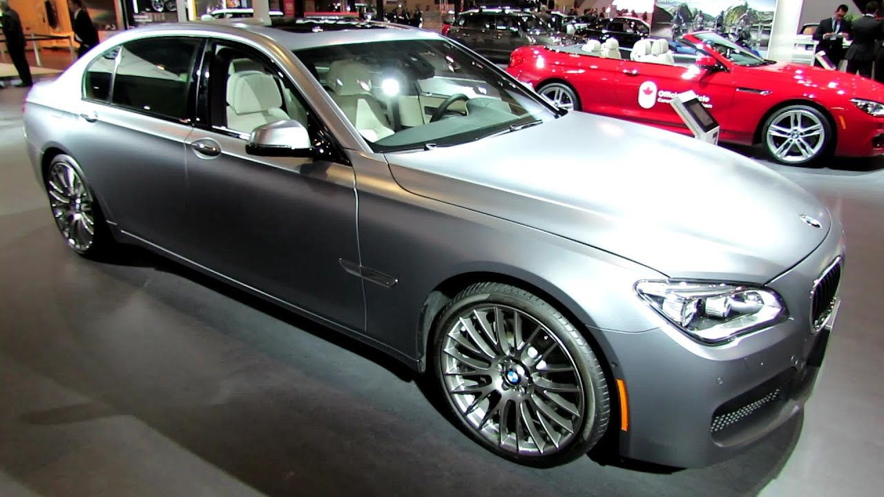 2014 Bmw 750Li >> 2014 Bmw 7 Series 750li Xdrive Exterior And Interior Walkaround 2014 Toronto Auto Show