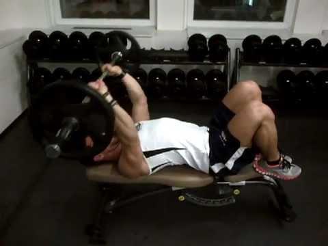 David Costa - Fitness Model - Extension couché avec barre