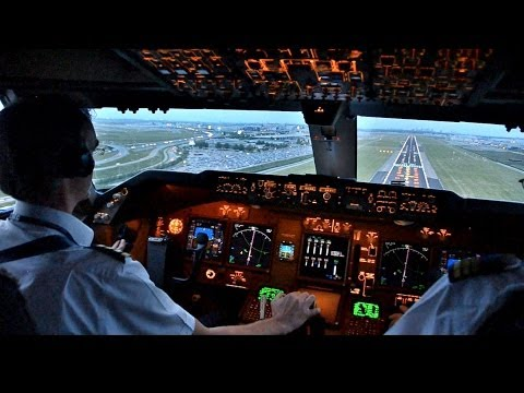 KLM B747-400ERF Beautiful Landing at AMS - Cockpit View