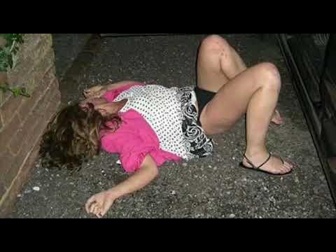 Онлайн домашнее пьяные девушки екатеринбурга фото мастурбирует телевизора