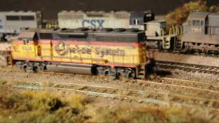 HD video: Very realistic model railroad with awful track .wmv