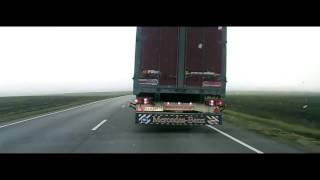 Как дальнобойщики помогают на трассе. Полезное видео(Описание всех сигналов дальнобойщиков., 2013-09-05T13:53:44.000Z)