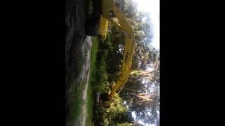 Excavadora kobelco Chaco