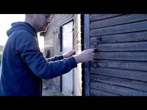 Moerepetazie & de Blutsknikkers - De groeetste polonaise (Official Video)