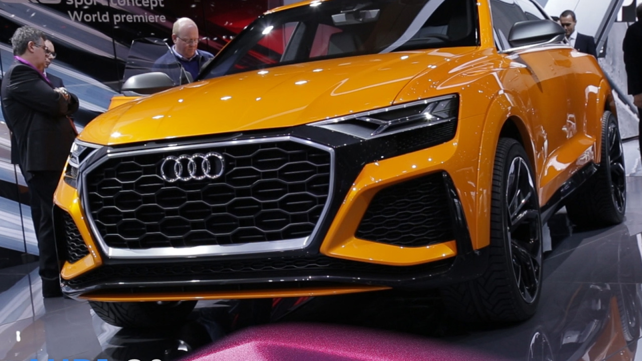 audi q8 en direct du salon de gen ve 2017 youtube. Black Bedroom Furniture Sets. Home Design Ideas
