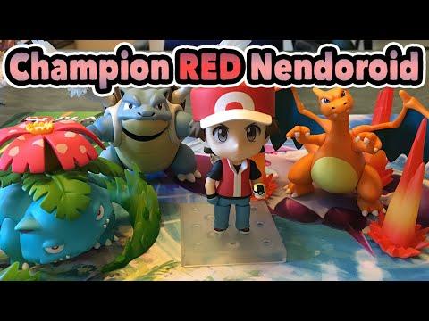 Pokémon Trainer Red: Champion Ver. Nendoroid Figure Unboxing!