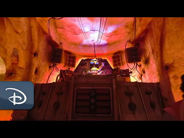 Enter Dok Ondars at Star Wars: Galaxy's Edge | 360 Video | Walt Disney World