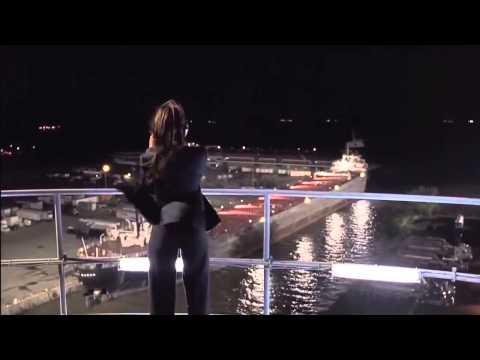 Jennifer Love Hewitt   Sexy Ass in Black Pants 720p thumbnail