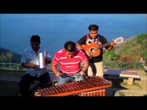 Marimba Music - Caratina Nicaragua.wmv