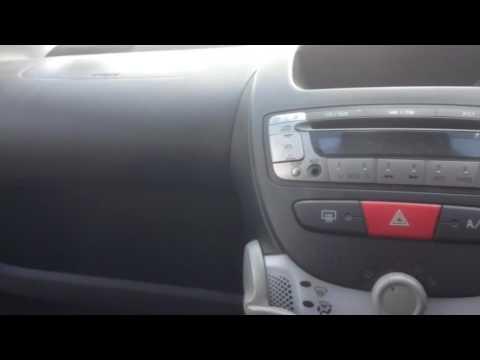 How to open the bonnet Citroen C1