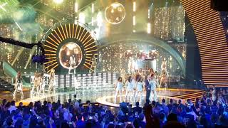 Pitbull Ft Fifth Harmony Live in Latin American Music Awards.mp3