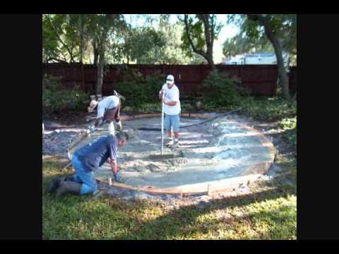 Delightful How To Build A Circular Concrete Patio With Fire Pit And Retaining Wall
