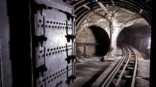 ДИГГЕРЫ ШОКИРОВАЛИ ПУТИНА.Прямо под КРЕМЛЕМ найден ранее неизвестный подземный ход.Территория загад
