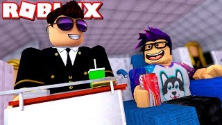 ComKean as a flight attendant! -Roblox Cabin Crew Simulator Danish with ComKean
