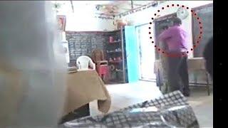 Download Video Gilaa !! Dua Guru Sekolah Dasar Saling Berciuman Di Dalam Kelas. MP3 3GP MP4