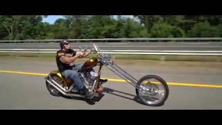 Zapętlaj Paul Teutul Sr. and Joannie ride to the traveling Vietnam wall #OrangeCountyChoppers   Orange County Choppers