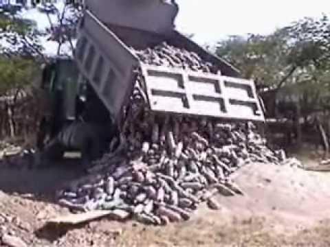 Ladrillos ecologicos hecho de botellas pet youtube - Construccion de chimeneas de ladrillo ...