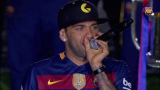 Celebrations for the double: Luis Enrique and the players address the fans