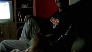 Crouton The Pomeranian Doesn't Like Uncle Jeff's Singing