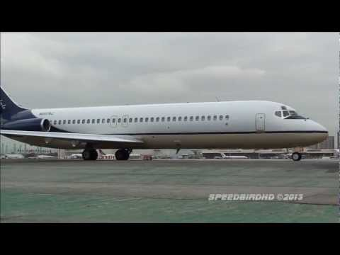 Columbus Blue Jackets Mcdonnell Douglas DC-9-32 [N697BJ] Taxi and Takeoff