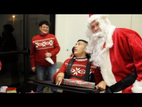 Santa Claus Visits V.F.W. Post 3199 - Veterans Of Foreign Wars Christmas Party