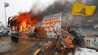 США: противники строительства нефтепровода покинули палаточный лагерь