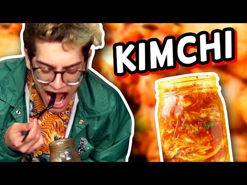 PUTTING KIMCHI IN OUR MOUTHS! (The Show w/ No Name)
