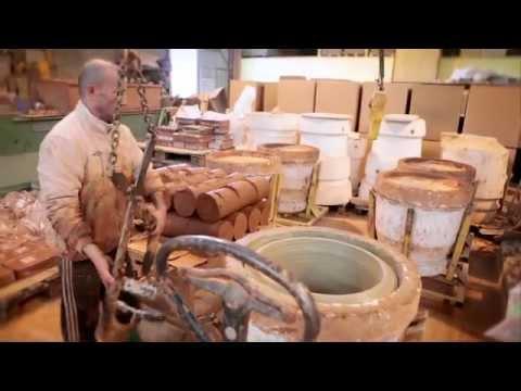 vase d 39 anduze poterie anduze youtube. Black Bedroom Furniture Sets. Home Design Ideas