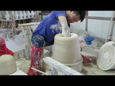 Big Pot Throwing at Royal China Pottery, Jingdezhen