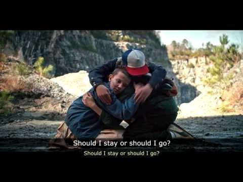 Stranger Things / ''Should I stay or should I go'' - The Clash / [ESP & ENG]